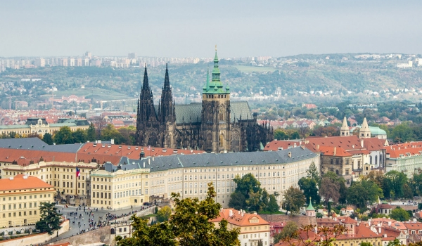 accessible-holidays-enable-holidays-cities-things-to-do-in-cities-city-breaks-disabled-holidays-prague-prague-castle-unesco-world-heritage-medieval-castle