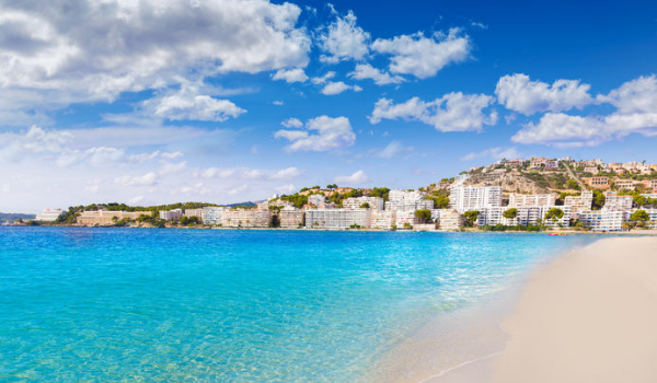 accessible-family-holidays-accessible-holidays-enable-holidays-5-accessible-holiday-destinations-you-want-to-visit-mallorca-beach-europe-beach-holiday-accessible-beaches