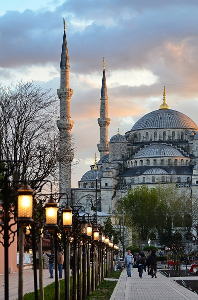 Istanbul-mosque-history-architechure