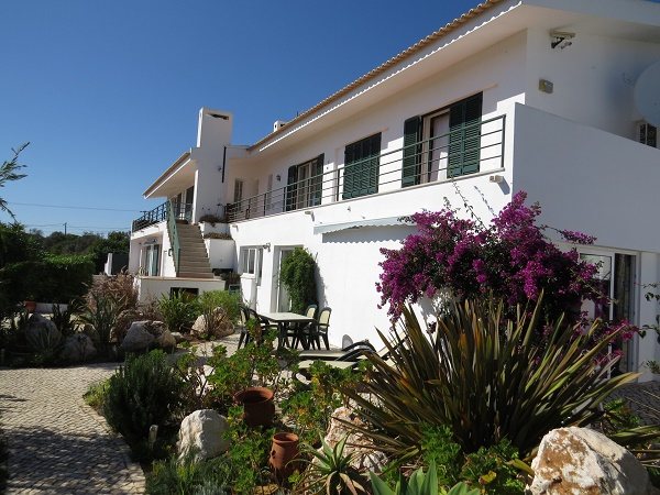 2 bed villa lagos accessible accommodation portugal algarve disabled